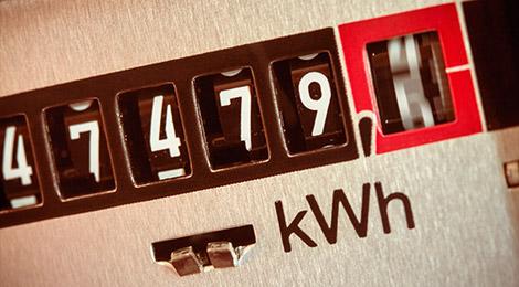 Vue en gros plan des chiffres affichés sur un compteur électrique
