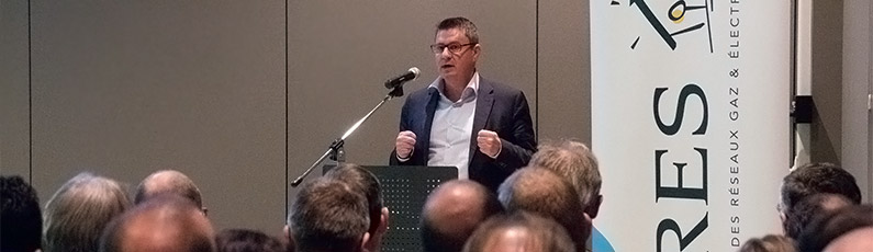 Fernand Grifnée, Administrateur délégué d'ORES scrl, en train de faire un discours